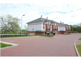 Shawhill Crescent, Newton Mearns, G77 5BY