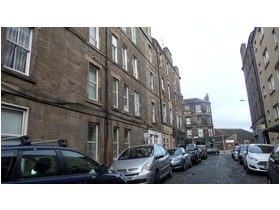 Pirrie Street, Leith, EH6 5HY