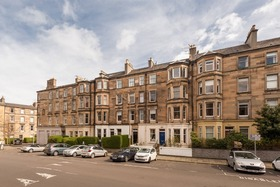 11/2 Hillside Street, Hillside (Edinburgh East), EH7 5HD