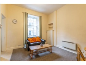 Viewforth Gardens, Bruntsfield, EH10 4ET