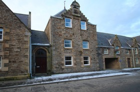 6 Pringle Court, Buckie, AB56 1RZ
