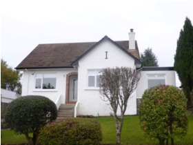 Cedarwood Avenue, Newton Mearns, G77 5LP