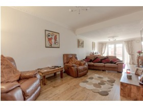 Ladywell Avenue, Corstorphine, EH12 7LL