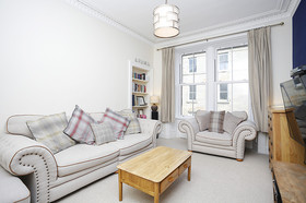 5/5 South Oxford Street, Newington, EH8 9QF
