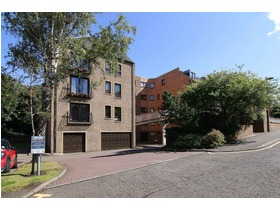 19/2 East Parkside, Newington, EH16 5XN