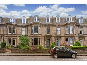 Strathearn Place, Merchiston (Edinburgh), EH9 2AL