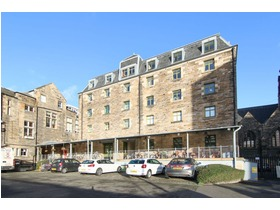 19/15 Johns Place, Leith Links, EH6 7ED