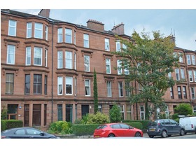 3/2, 276 Crow Road, Broomhill, G11 7LB