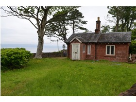 Lodge House, Shore Road, Skelmorlie, PA17 5HB