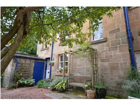 Mews Cottage, 11 Beaconsfield Road, Kelvinside, G12 0PJ