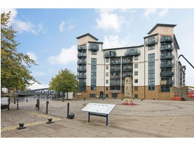 10/5 Tower Place, The Shore, EH6 7BZ