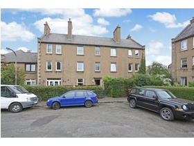 25/4 Mount Lodge Place, Portobello, EH15 2AD
