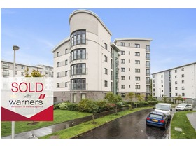 1 flat 3 Lochend Park View, Easter Road, EH7 5FB