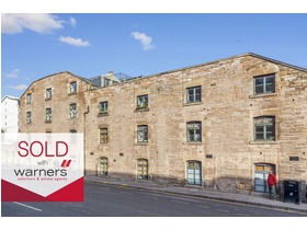 148/2 Commercial Street, Leith, EH6 6LB