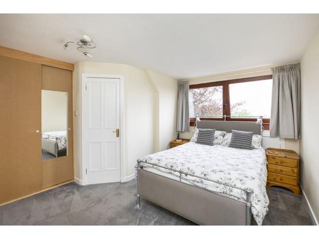 4 bedroom house for sale, 96 Caroline Terrace ...
