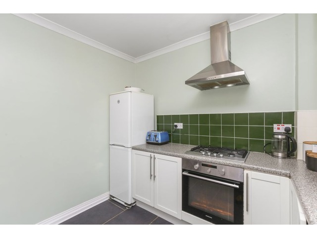 4 bedroom flat for sale, 129 Ravenswood Avenue, The Inch ...