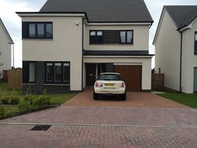 Morgan Wynd, Bearsden, G61 3RX
