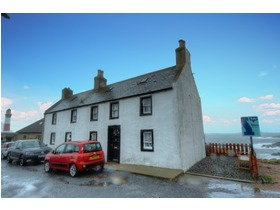 Earls Court, Peterhead, AB42 3NX
