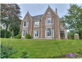 Albert Road, Broughty Ferry, DD5 1AY