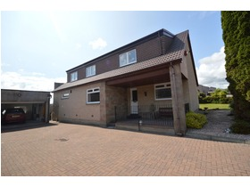 Knowehead Road, Crossford, Dunfermline, KY12 8PQ