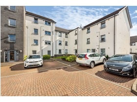 Crookston Court, Larbert, FK5 4XF