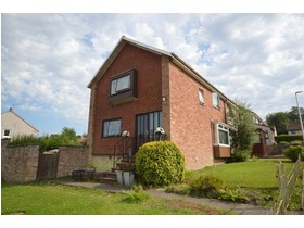Willow Crescent, Glenrothes, KY6 1EY