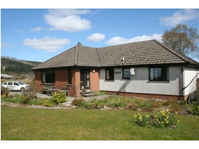 Cuiltean, Gairlochy, Spean Bridge, PH34 4EQ